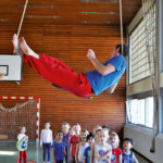 Zirkusschule in den Sommerferien mit Circus firulete von Daniel Torron Mack - Seilakrobatik